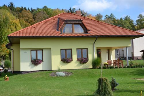 Rozkvetlý dům 2012